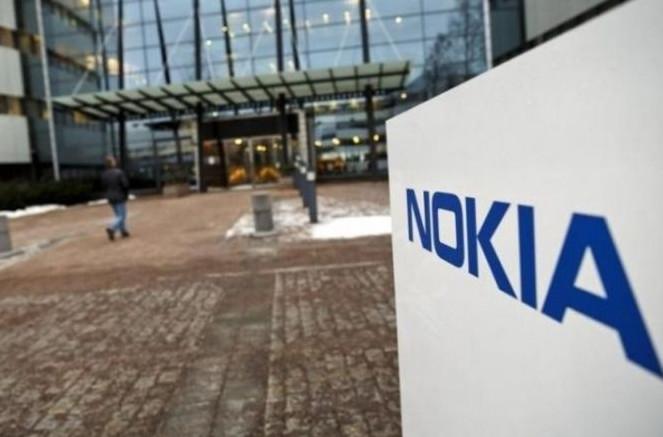 科技早闻:四巨头340亿入股万达,供应商被迫买格力手机