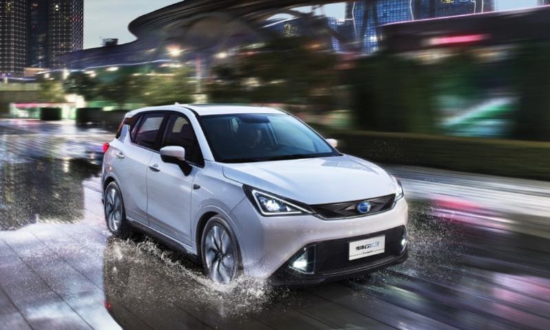 新能源汽车补贴再延三年 燃油汽油车或遭退市?