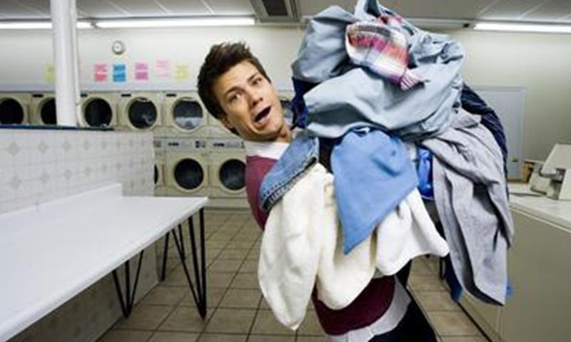 """能随身携带的""""洗衣机"""",让出差族不再为洗衣烦恼"""