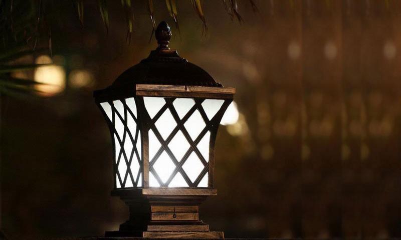 """众筹也疯狂!这么""""不正经""""的一盏灯,你家缺么?"""