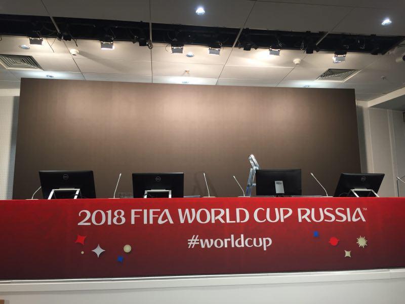 世界杯上的中国制造:新闻发布会电子大屏由青岛企业提供