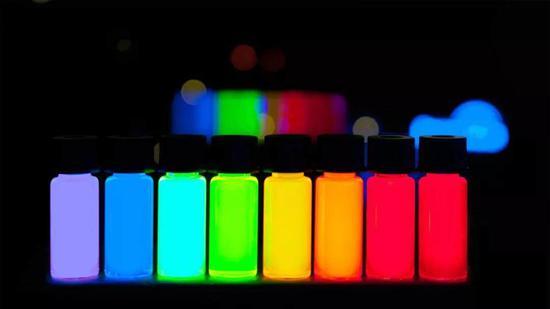 科技早闻:传三星将生产量子点OLED电视,新AirPods将发布