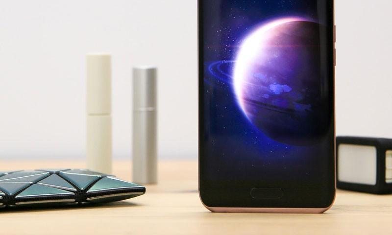 科技早闻:国产手机份额占九成,小米或更名Pocophone