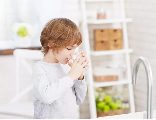 智能饮水机,如何指导你健康饮水?