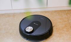 扫地机器人好用吗?黑科技直击清洁痛点