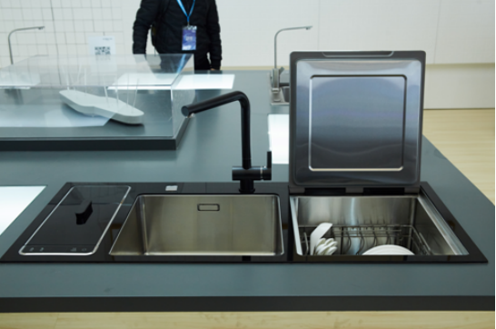 全自动洗碗机哪个品牌好?听听专业意见怎么说