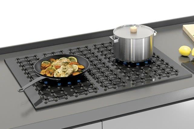 真正不用手的智能灶来了!可放N个锅,锅放哪里就哪里点火