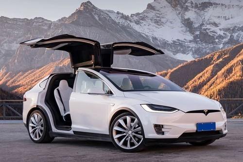 科技早闻:三星可折叠手机投产;特斯拉构建全球电动车