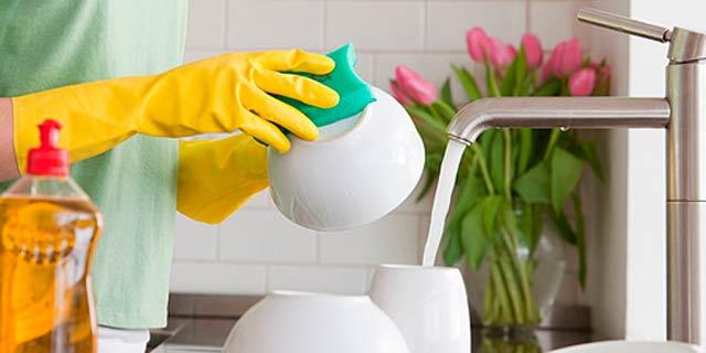 总和女朋友吵架:到底谁去刷碗?有了华帝洗碗机从此不再担忧