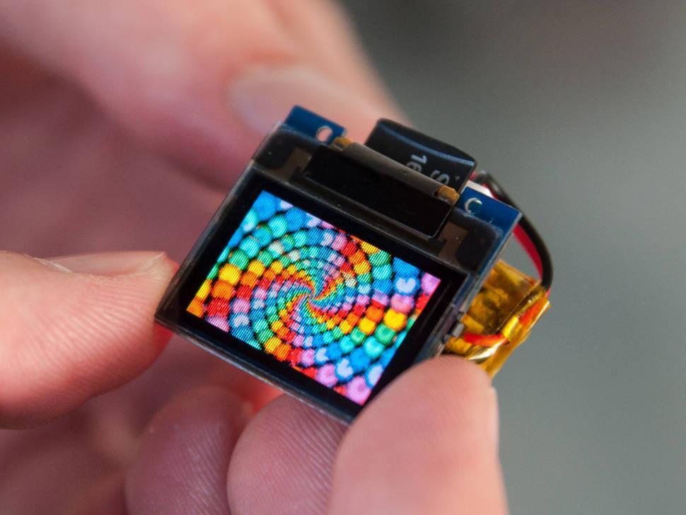 科技早闻:ofo总部用户排队退押金;三星垄断九成OLED面板