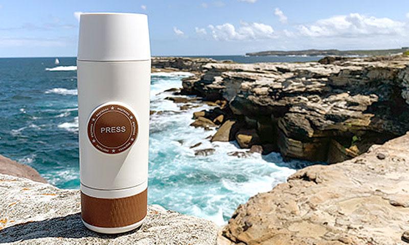 创意酷品:便携式咖啡机,美味随手就来