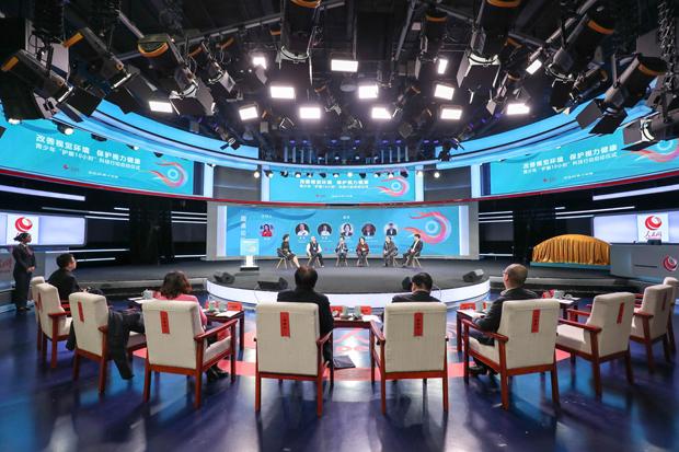 让学生看上护眼电视,海信激光电视走进校园获各界点赞