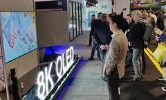 创维CES2019黑科技不断,8K OLED屏风电视闪耀全场