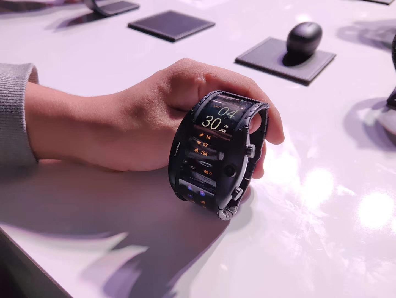 新濠天地下载地址早闻:继续WMC2019,努比亚推出量产柔性屏腕机