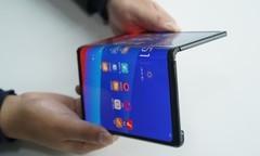 科技早闻:iPhone XS Max上市表现优于XS和XR