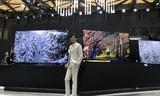 三星QLED 8K电视闪耀AWE,46亿票房男主李光洁遇见百万电视