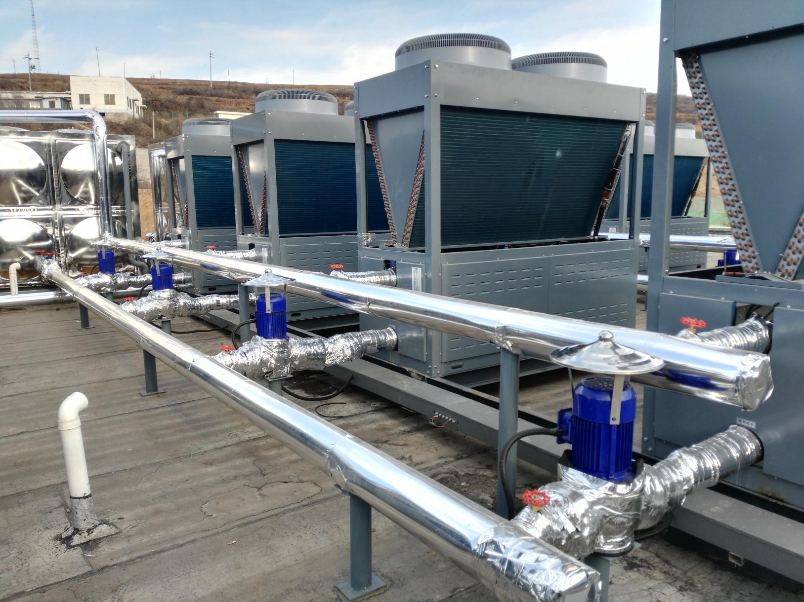 山西晋城某煤矿项目采用万家乐空气源热泵供暖洗浴,一年节省电费近7万元!