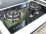 厨房神秘气息 钢化玻璃燃气灶苏宁促销