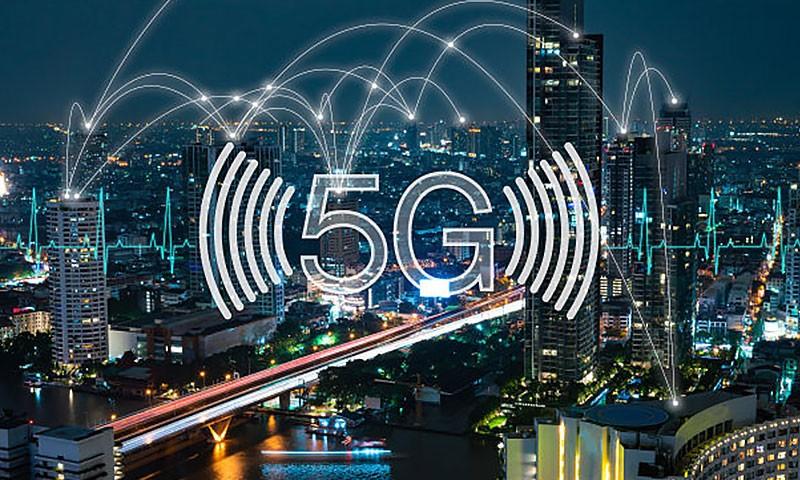 科技早闻:英国沃达丰公布5G资费,传华为鸿蒙系统正小规模测试