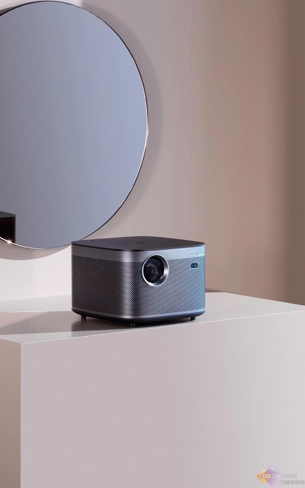投影行业感官革命 极米发布4K和1080P投影新品