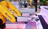 """格力机器人能""""歌""""善""""舞""""燃爆机器人大会,核心科技服务智能制造"""