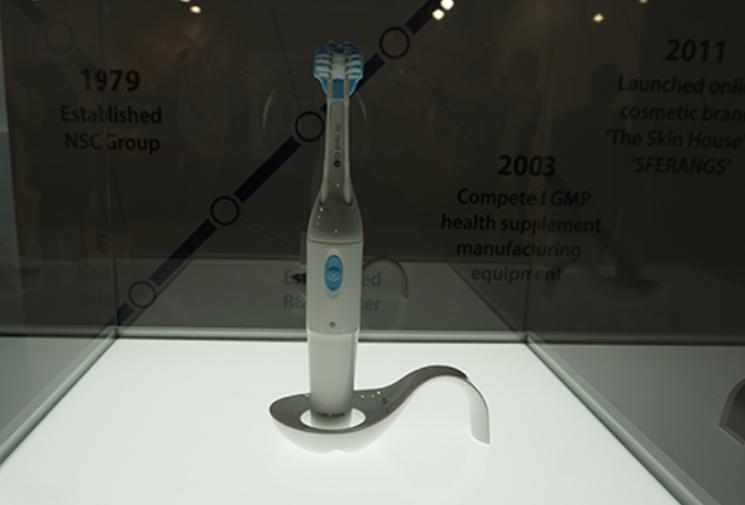 创意酷品:这些造型独特的牙刷,能否让牙齿亮白如初呢?