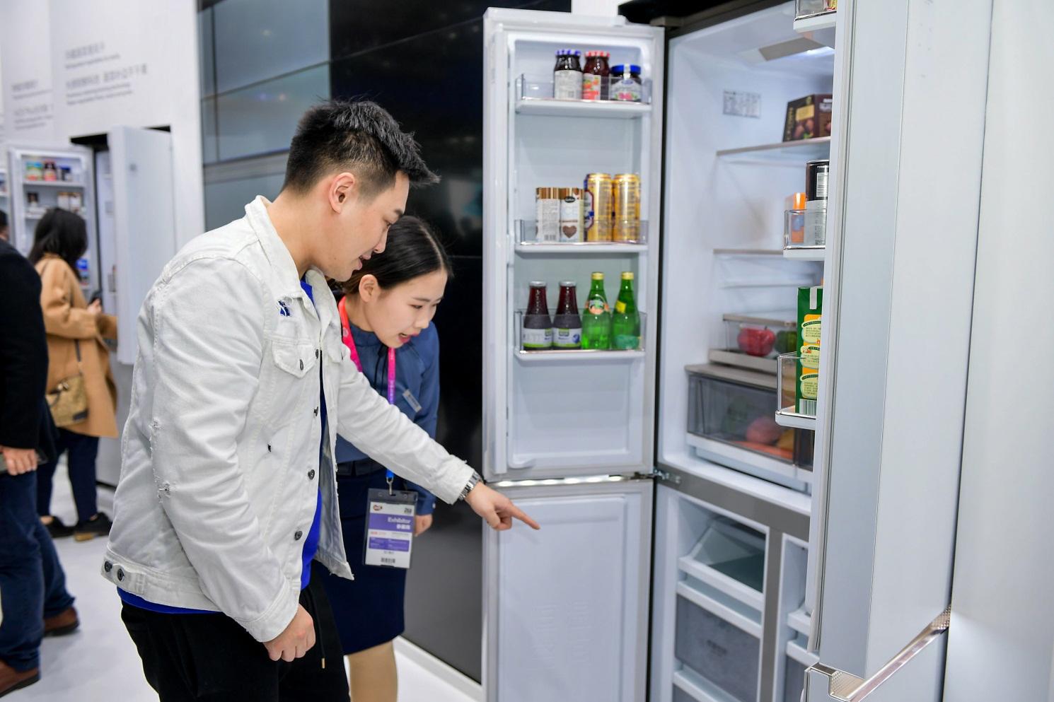 海尔冰箱年累37.1%居第一:携3大机构发布《健康膳食存储白皮书》