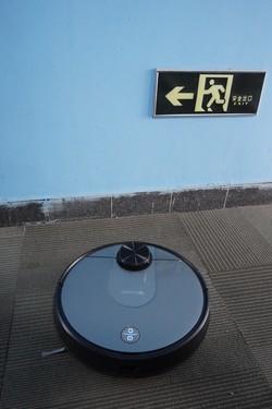 家用扫地机哪款好用?看看老司机怎么说