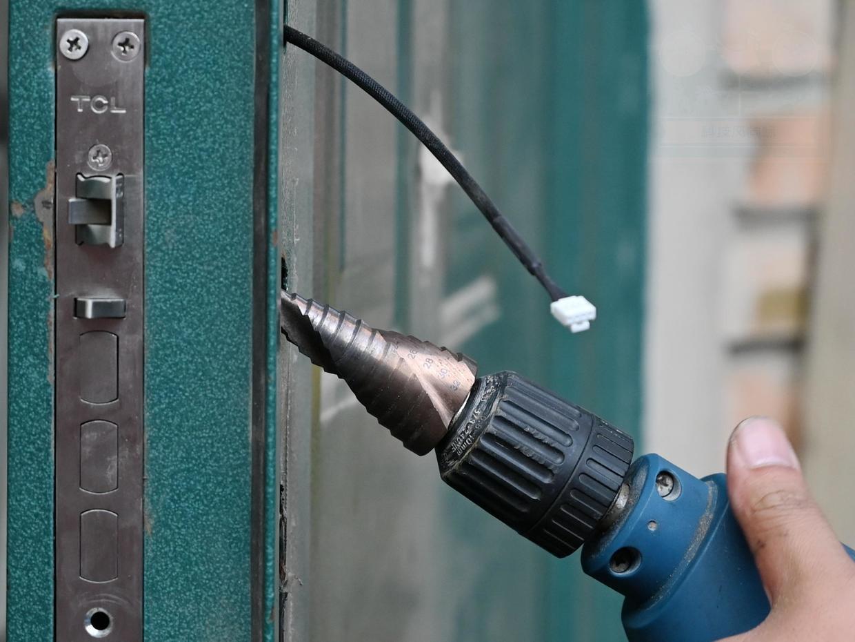 网友试用:0.3秒一握即开,TCL K5门锁让安全更简单
