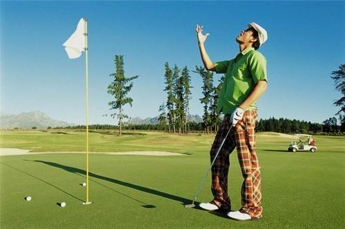 十大高尔夫品牌,高尔夫球杆发展只为给你合适之选