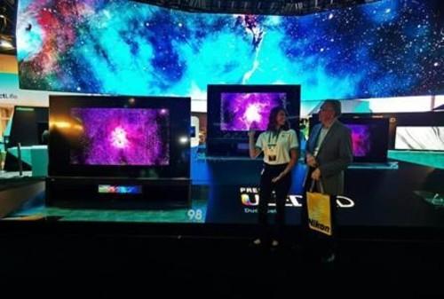 双屏成新风向!CES 2020:海信双屏叠屏电视引关注