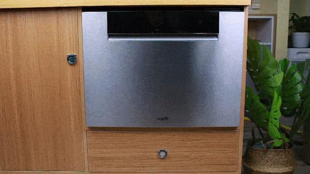 抑菌消毒保卫健康!疫情宅家就用华帝干态抑菌洗碗机