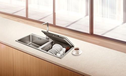 """""""超微气泡深层洗""""来袭,看方太水槽洗碗机如何应对中式清洗难题"""