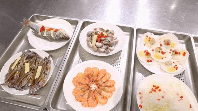 森歌蒸烤极限大挑战:烤200个红薯&15分钟蒸8道菜