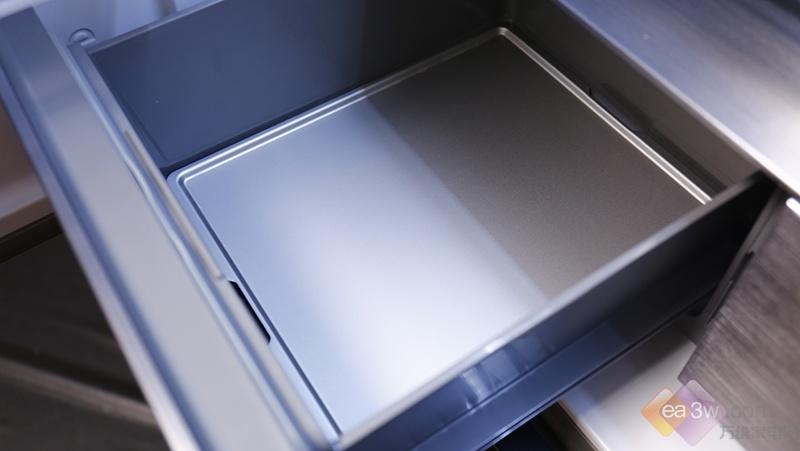 首款全空间RFID食材管理冰箱深度评测:有眼睛、能交互、会思考,海信做到了!