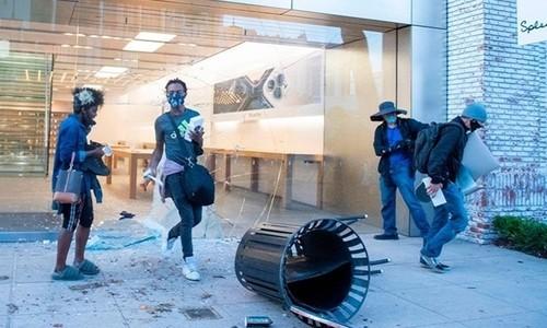 苹果商店遭抢劫,iPhone追踪定位功能立大功 帮助执法部门追踪抢夺者