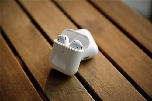 消息称iPhone 12将不再送耳机,对此你怎么看?