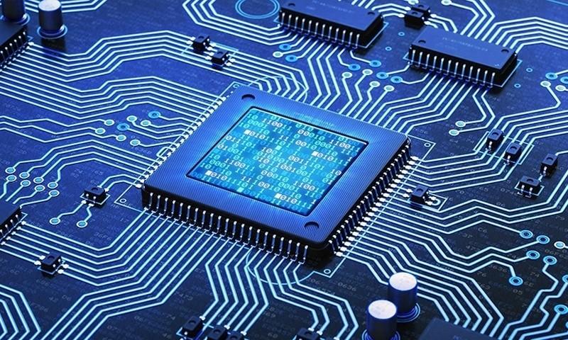 """华为迎双重利好:将全球最先发布5nm麒麟处理器,并获俄罗斯""""表白"""""""