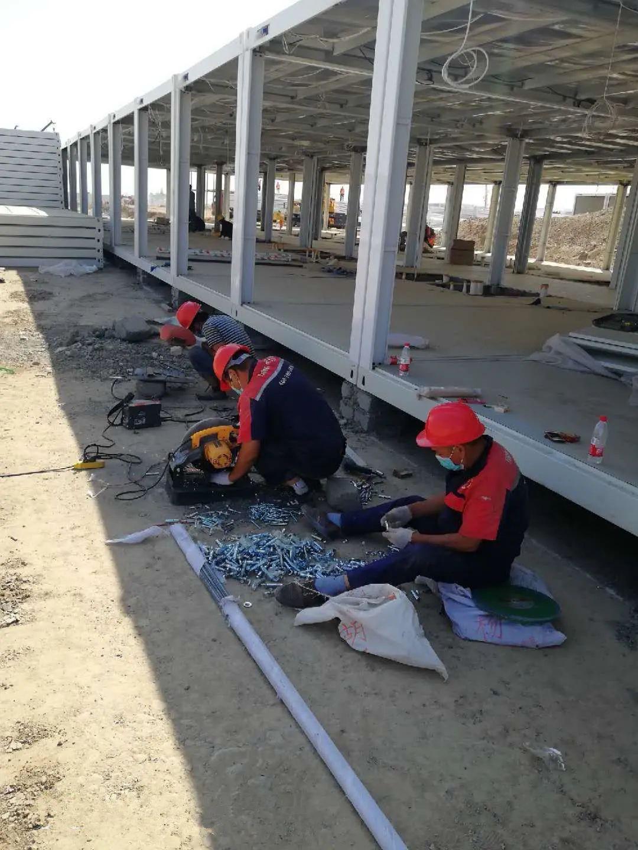 在戈壁滩安装5000台热水器,万家乐服务团队暖心完成特殊任务