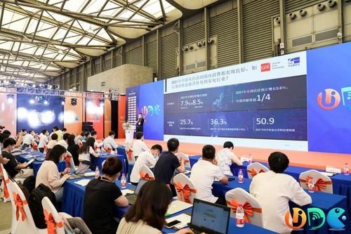 中怡康:激光电视将迎爆发期,促进新一轮产品结构升级