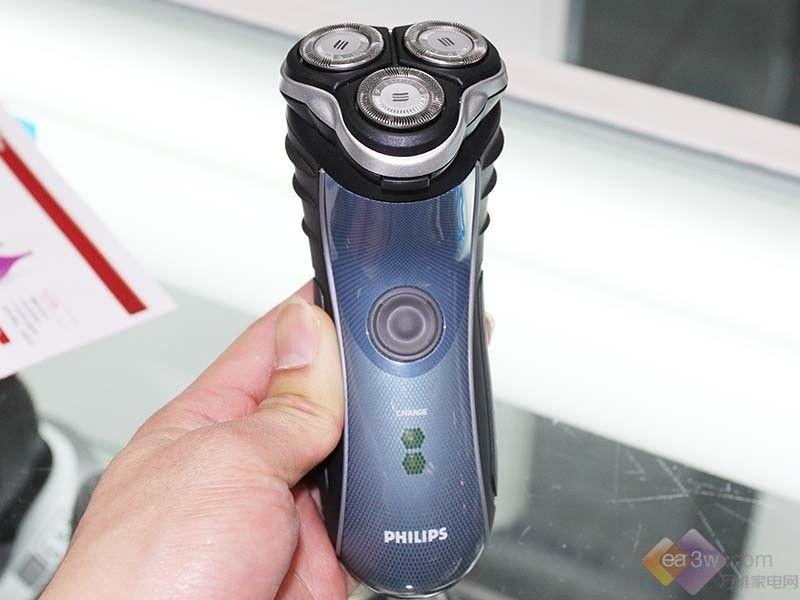 快速剃须更洁净 飞利浦剃须刀hq7340 高清图片