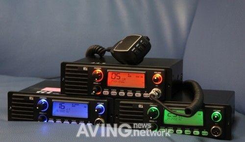亮相香港电子展 收音机对讲机相结合