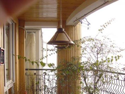 封闭式阳台装修 花园般阳台的精彩