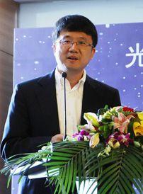 李屹 光峰光电董事长