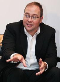 iRobot首席运营官Christian Cerda