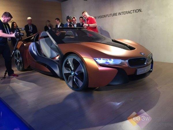 宝马自动驾驶概念车亮相CES2016