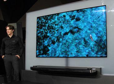 LG W系列OLEDTV亮相CES2017