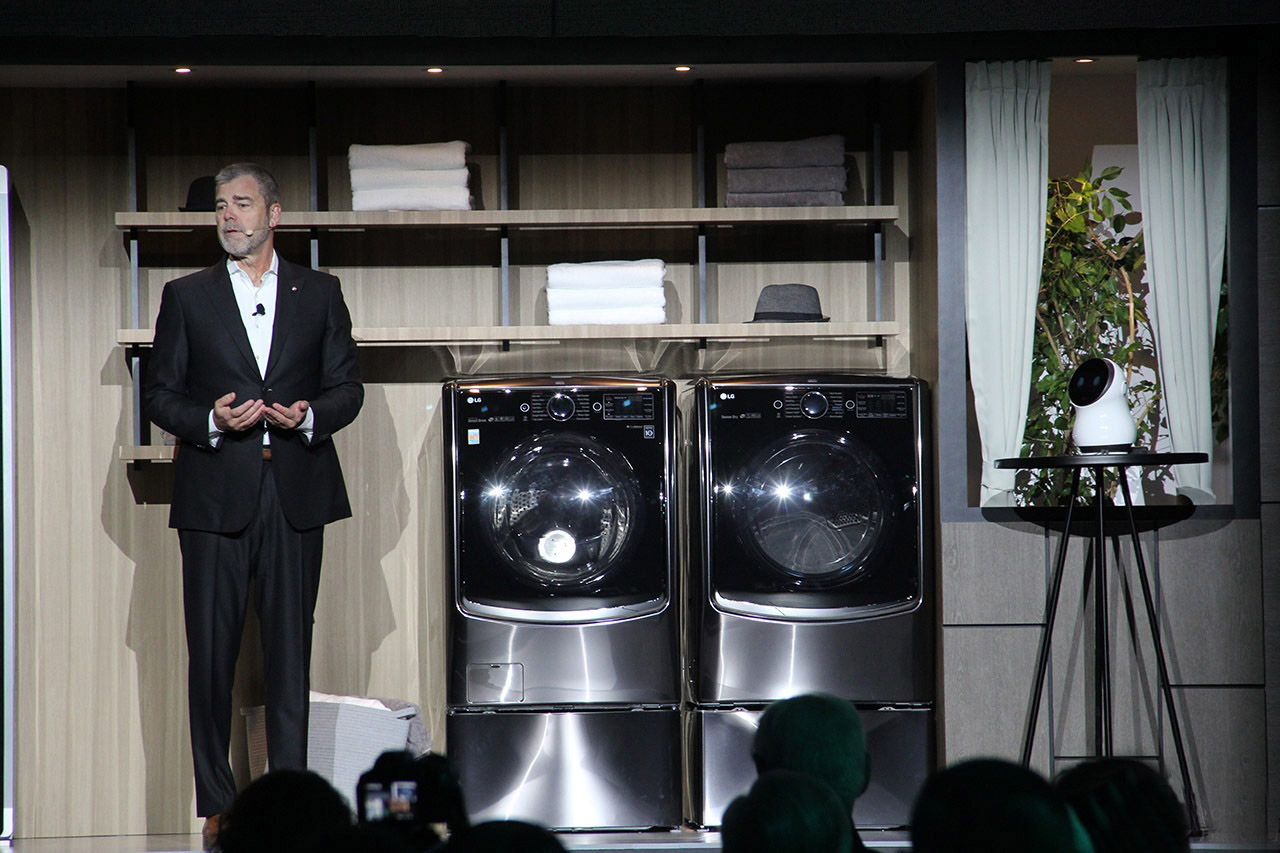 CES直击:LG全力布局人工智能ThinQ,发布四款OLED澳门博彩官网